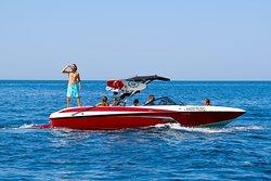 Прогулки на катере вдоль Южного берега Крыма. Берём на борт до 6 человек.