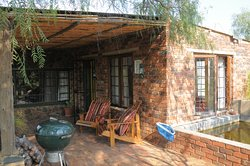 Puschka Writers Cottage - Braai area