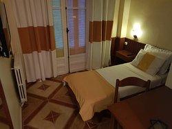 Single room view 1