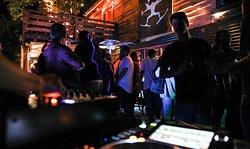 Fiesta #electronica #dj #barvaldivia #barnocturno #fiesta #elbunker