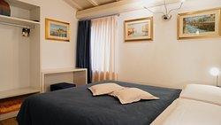 Appartamento DeLuxe di 4 posti +1 letto, particolare della camera matrimoniale