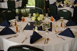 We will work with you to provide a custom table arrangement for your special event.