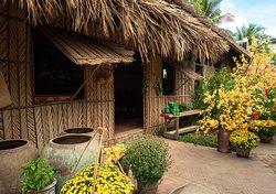 Mekong studio | Vietnam Travel Group