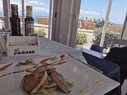 Un pranzo vista mare