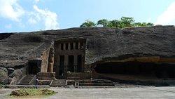 Kanheri Caves Trip from Mumbai