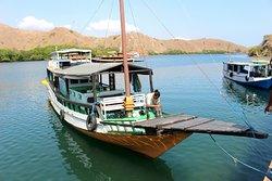 Bateau de croisière à Komodo - Iles de la Sonde