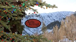 Kris Kringl - Where It's Christmas All Year Long!