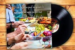 """""""Nulle table ne peut remplacer le partage d'un repas simple orné d'une touche d'amour et d'amitié."""" Martine Chaudey"""
