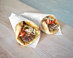 pitta wrap with beef kebabs