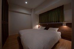 Deluxe Room (Atype)/2室ご用意しております。 Moderate Room(Btype)/1室となります。