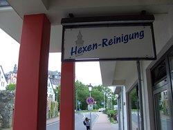 Das kann man in der historischen Altstadt von Idstein, sehen..auf den schmalen Gassen, der Altstadt unterwegs...