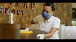 Cleaning & Safety protocols. Protocolos de limpieza y seguridad.
