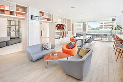 HUB Outlet (Co-Working spaces)