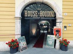 Houdini Ház