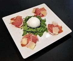 Bufala y Parma http://beermenu.usabi.es/menu/155/pizzeria-boccalino