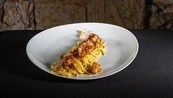 Spaghetti di grano duro con ragù di gamberi