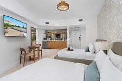 Luxury Studio with two double beds