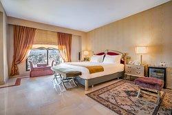 Luxury Suite - King Bedroom