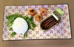 Burrata DOP, acciughe del cantabrico e pomodorini Datterino 😋