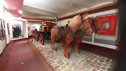 Hästdragen brandvagn.