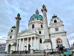Kreuzherrengasse 1,1040 Wien:カールス教会