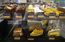 Para Alimentar o Espírito, uma selecção de bolos.