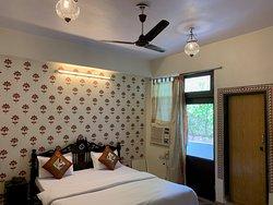 A/C Double Bedroom Private en-suite