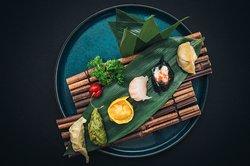 Maki Sushi Und Burrito