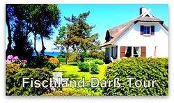 """Ganzjährig buchbar ist die """"Fischland-Darß-Tour. Sie startet um 8:45 Uhr in Glowe, Rügen Radio 6. Die Abholung ist möglich. Der Preis pro Person beträgt 70 Euro. Maximal 7 Personen können an der Kleinbustour teilnehmen. Anmeldung unter www.ruegentouren.de"""