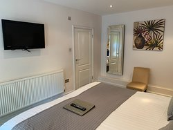 Room 6: Double Room with ensuite shower room
