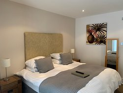 Room 7: Double / Twin with ensuite bathroom