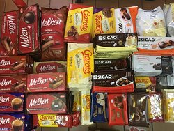 Chocolates e coberturas de diversas marcas e qualidades (barras, gotas, moedas, lascas). Garoto, Harald, Bel, Sicao, Puratos, Callebaut, Mavalério