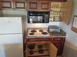 Two Bedroom Deluxe - Full Equipped Kitchen