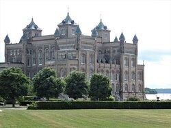 Stora Sundby Slott utanför Alberga