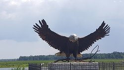 eagle statue at the north end of the loop