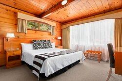 Garden Spa Apartment bedroom