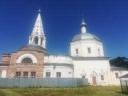 Троицкий собор на Соборной (Красной) Горе где был Серпуховский кремль, Серпухов.