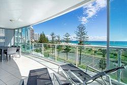 3 Bedroom Beach View