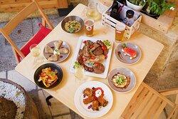 Μερικά από τα πιο δημοφιλή πιάτα μας