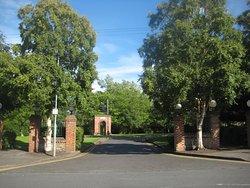 Donnybrook Manor Entrance