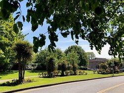 Gardens Donnybrook Manor