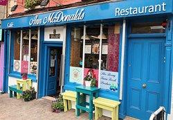 Ann McDonalds Cafe and Upper Deck