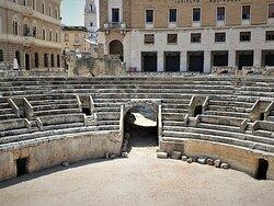 Anfiteatro Romano - Picture No. 5 - By israroz - (June 2019)