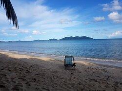 Beach 2 min walk away