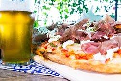 Pizza in pala alla romana