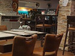 Le Helem restaurant  http://www.lehelem.com/
