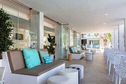 Terrace lobby bar