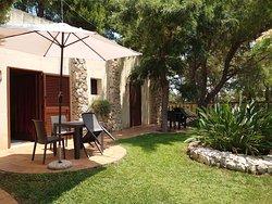 giardino di pertinenza della camera B&B Borgo Console