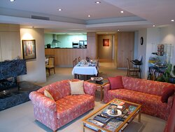 Common guest lounge