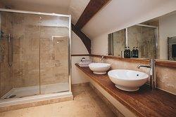 En suite bathroom to henrys room - super king bed.